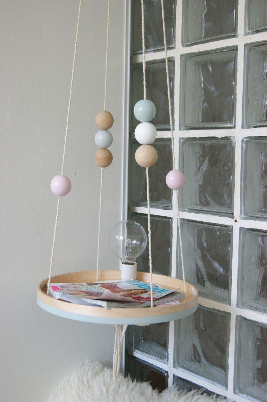 tutoriel diy diy table de chevet suspendue. Black Bedroom Furniture Sets. Home Design Ideas