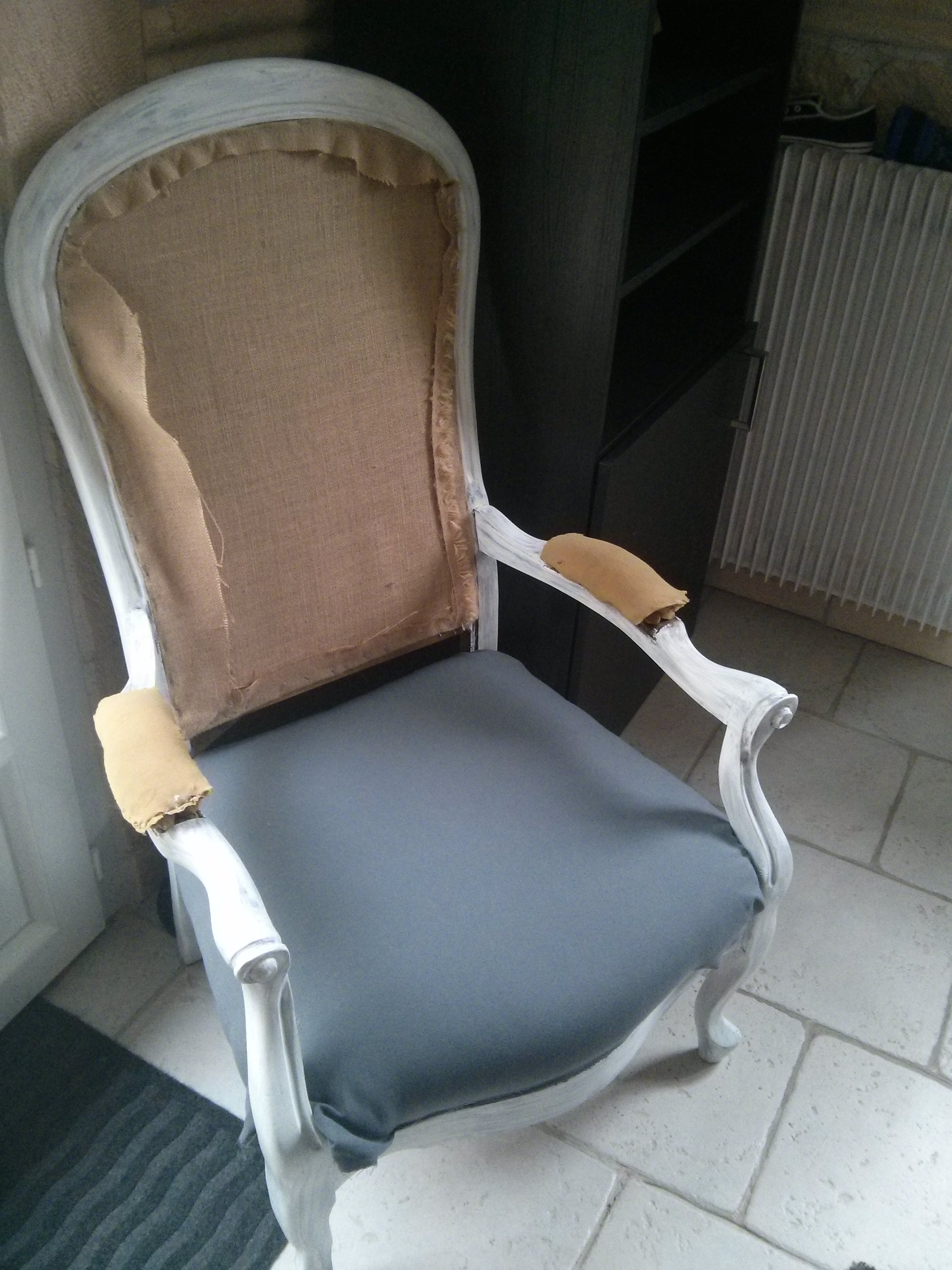tutoriel diy r novation d un vieux fauteuil voltaire. Black Bedroom Furniture Sets. Home Design Ideas