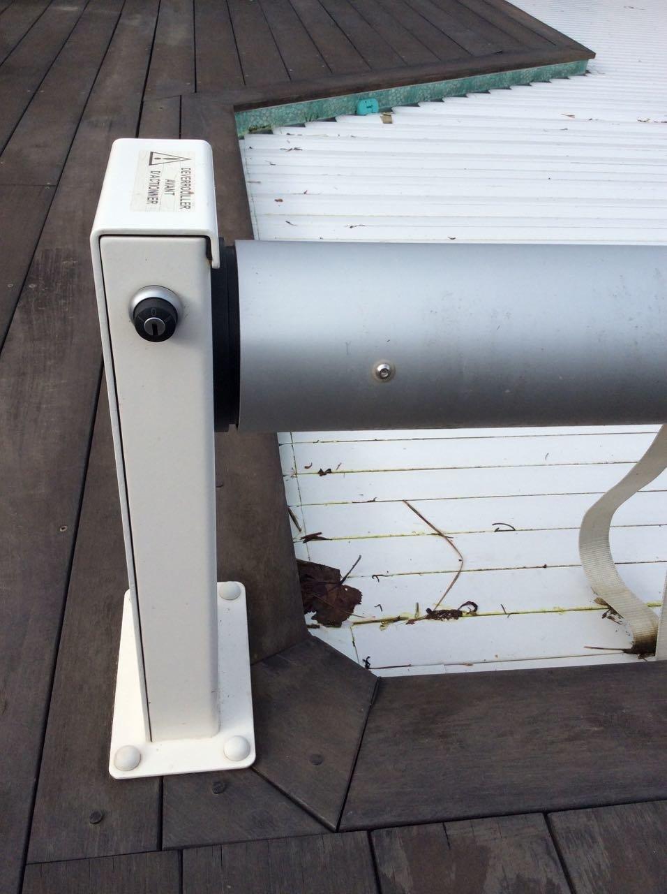 tutoriel diy ouverture fermeture automatique de volet roulant de piscine. Black Bedroom Furniture Sets. Home Design Ideas