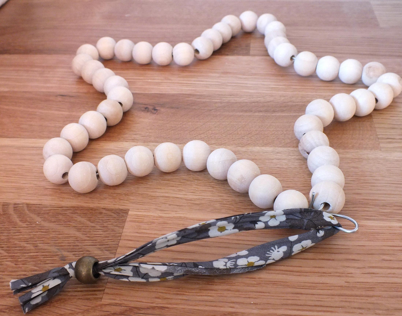 tutoriel diy un joli dessous de plat en perles. Black Bedroom Furniture Sets. Home Design Ideas