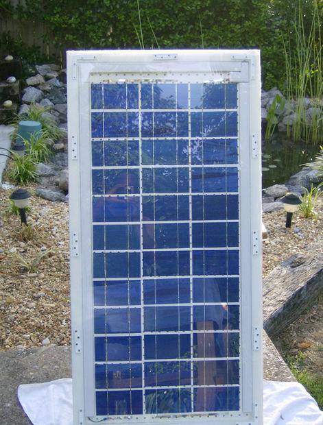 tutoriel diy comment fabriquer un panneau solaire. Black Bedroom Furniture Sets. Home Design Ideas