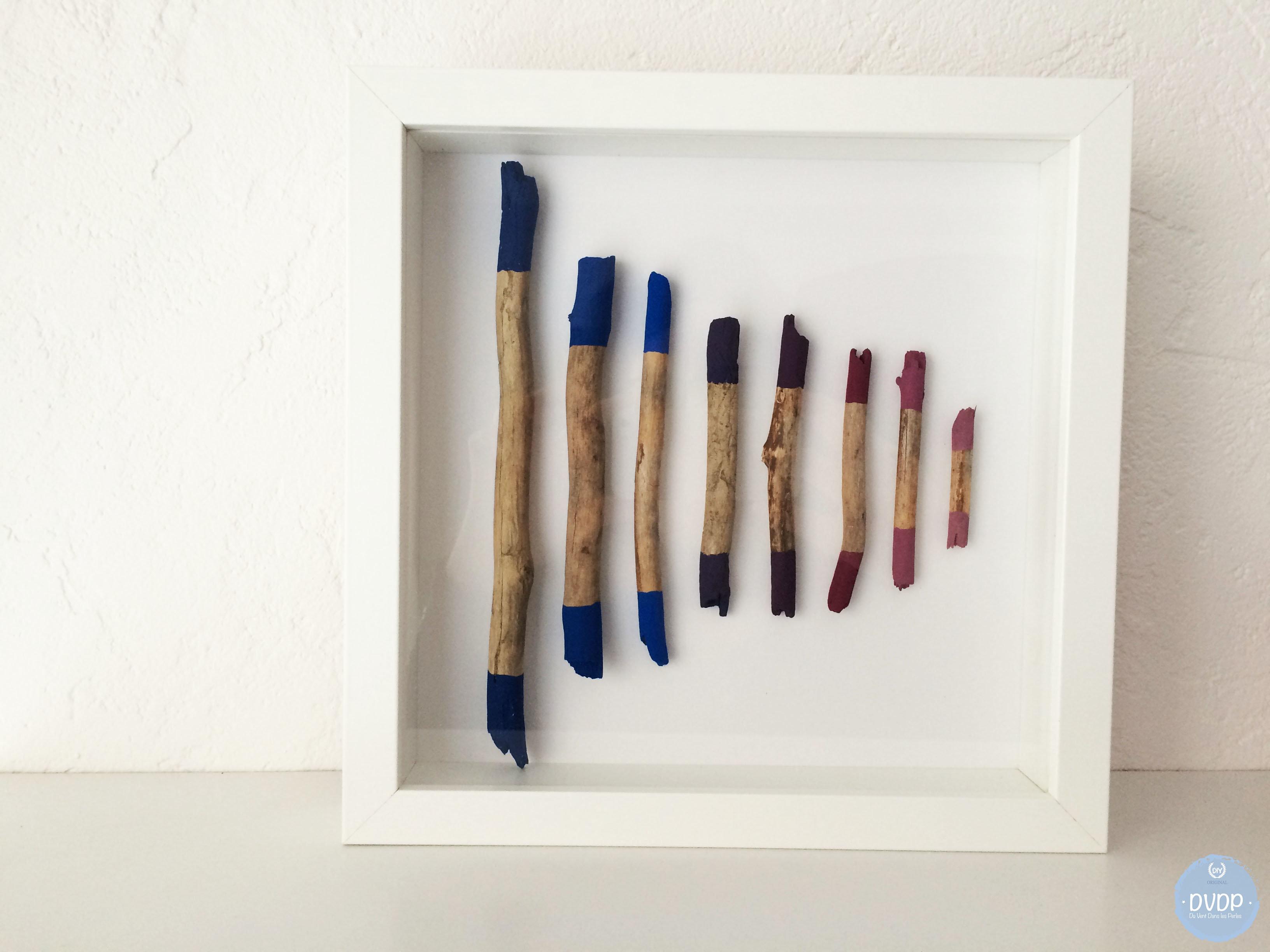 tutoriel diy cadre d co avec du bois flott peint. Black Bedroom Furniture Sets. Home Design Ideas