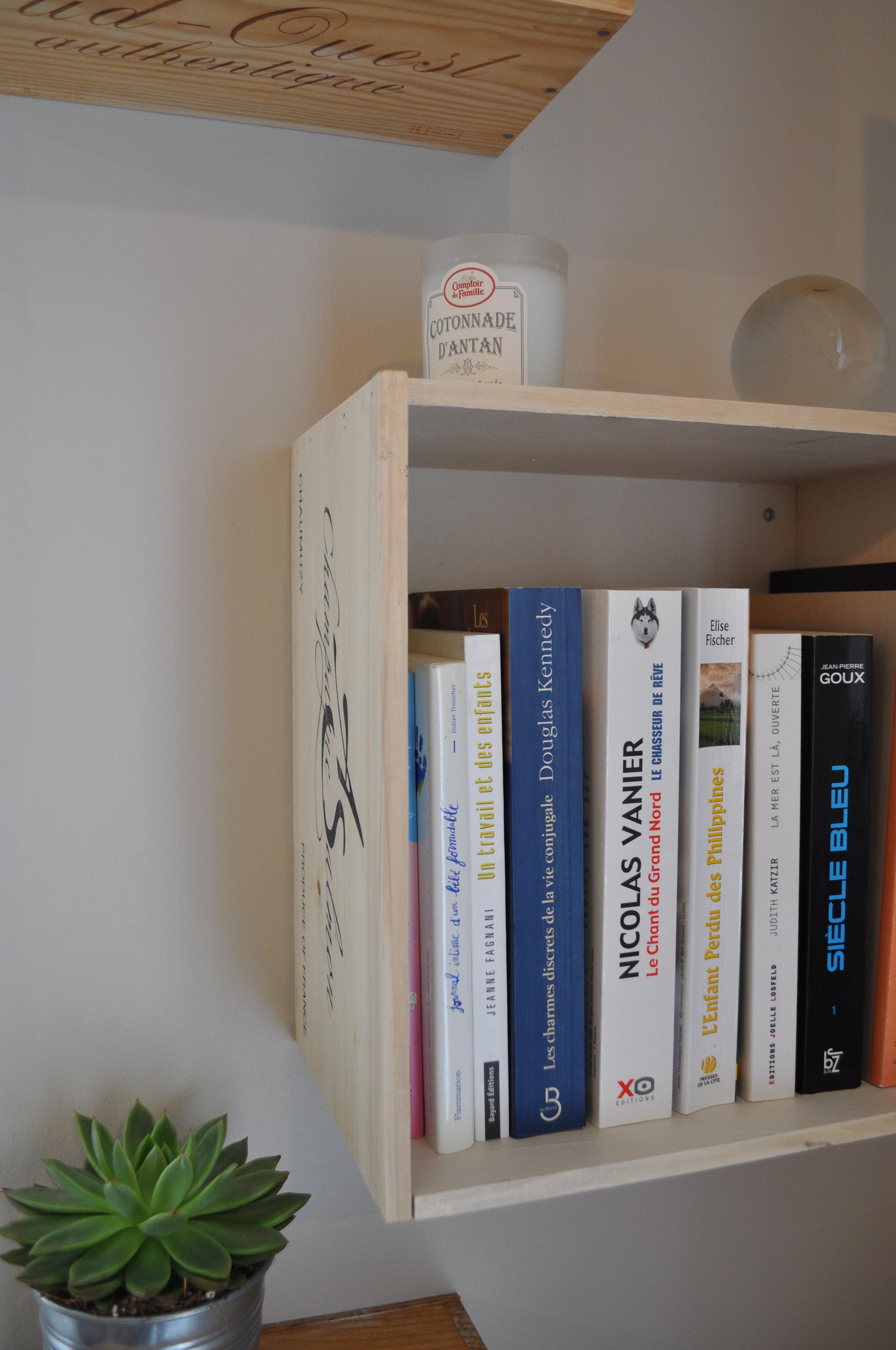 tutoriel diy etag res en caisse de vin. Black Bedroom Furniture Sets. Home Design Ideas