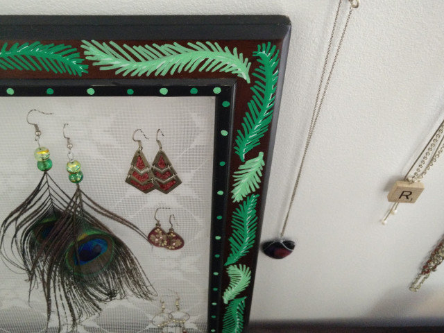Lace earring holder 10