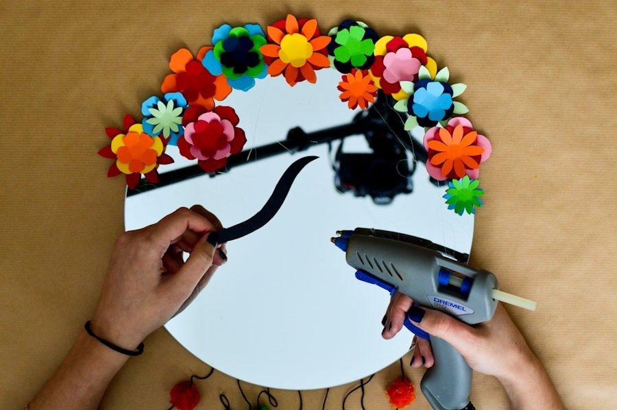 Tutoriel diy le miroir de frida kahlo for 2 miroirs perpendiculaires