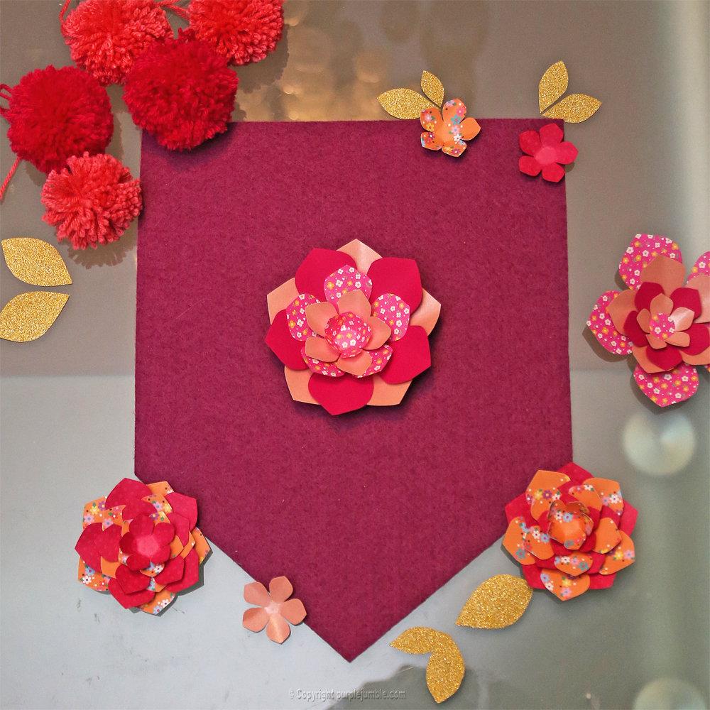 Banniere feutrine fleurs papier pompons 9