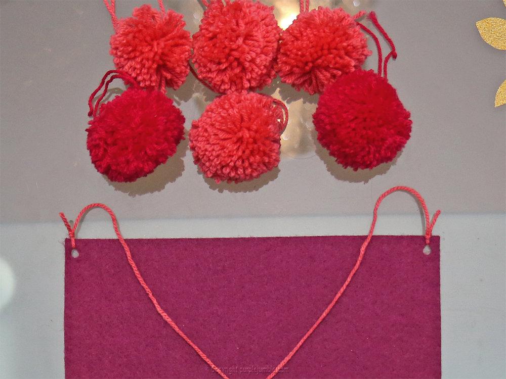 Banniere feutrine fleurs papier pompons 18
