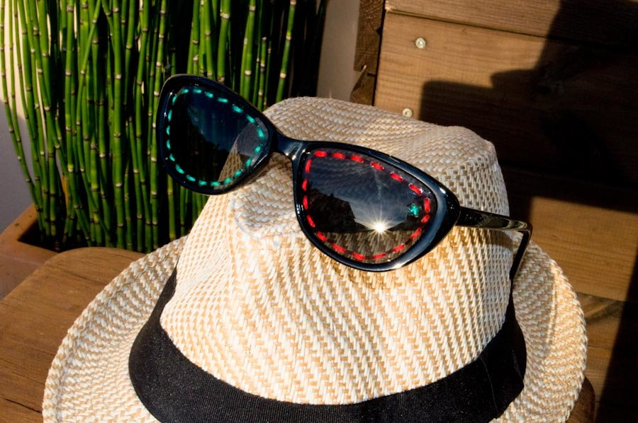 Diy broderie lunettes de soleil