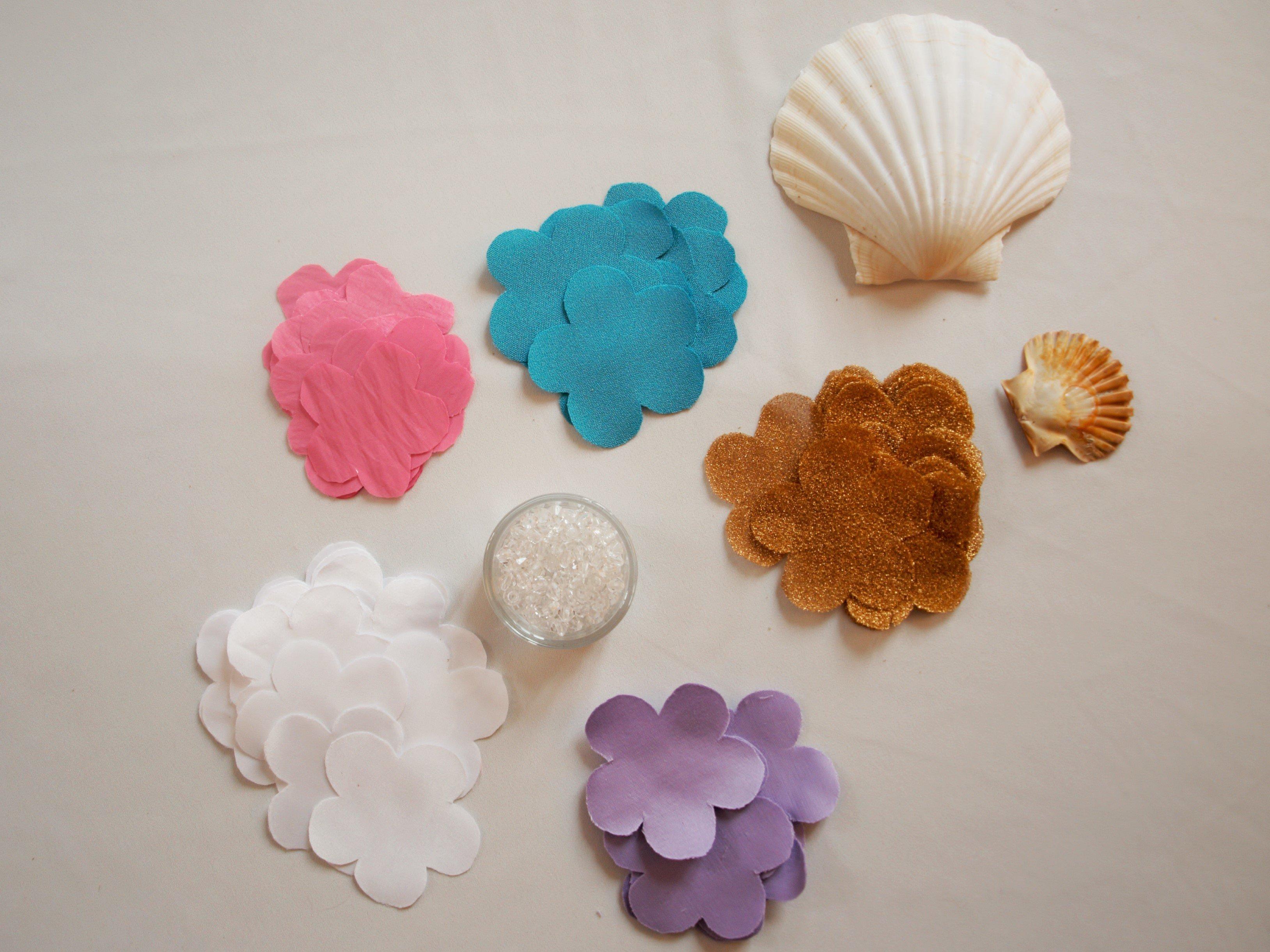 tutoriel diy collier de fleurs en tissu cococrea3. Black Bedroom Furniture Sets. Home Design Ideas