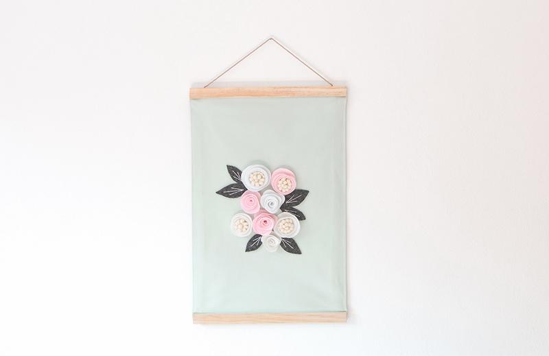 Une tenture fleurie 022