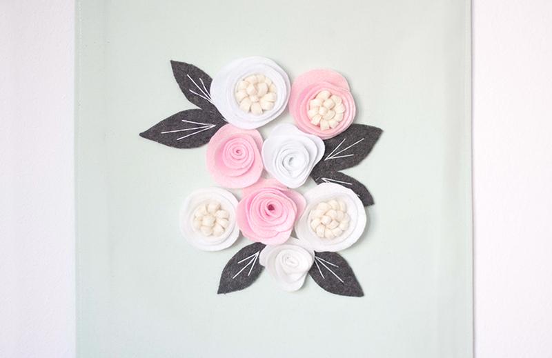 Une tenture fleurie 020