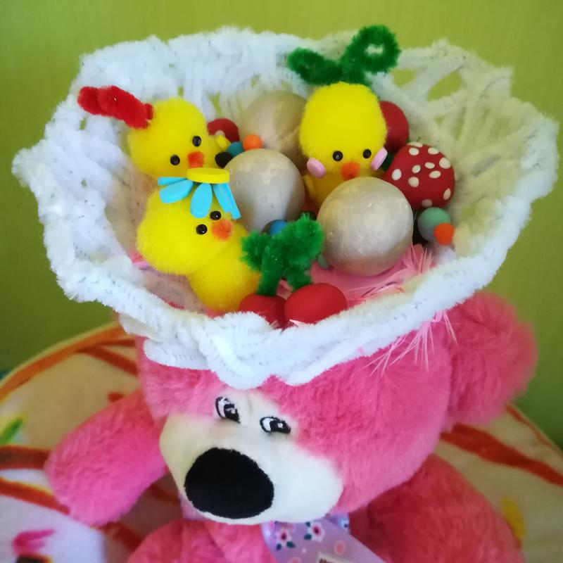 Diy chapeau nid poussin oiseau oeuf paques deguisement idee enfant pate modeler