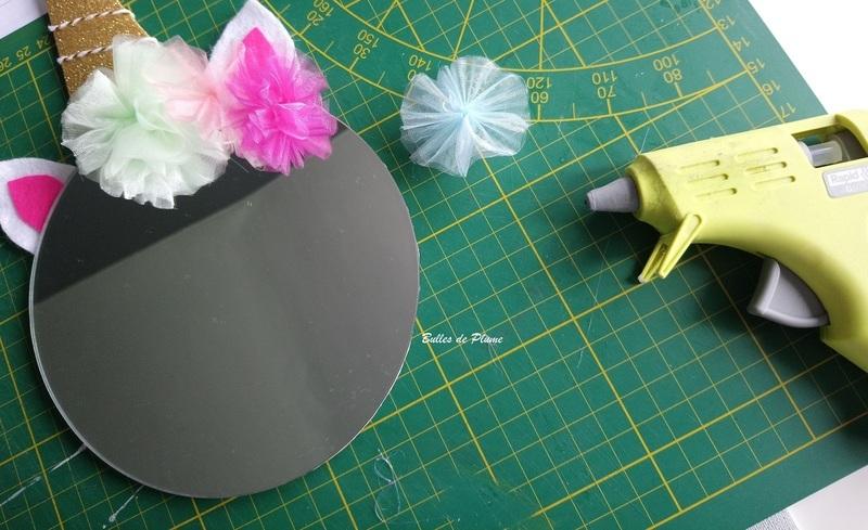 Bullesdeplume miroirlicorne fleurs collage 1
