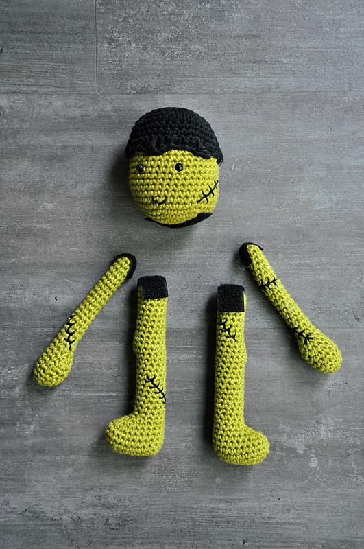 Oam creature crochet 31