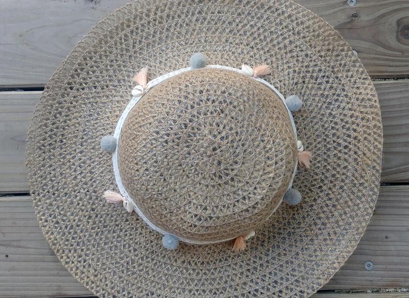 Chapeau9