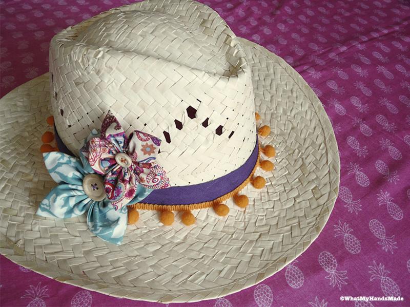 Chapeau customise%cc%81 pompons biais fleurs