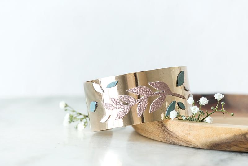 Bracelet manchette dor%c3%a9 v%c3%a9g%c3%a9tale   bijoux leanna earle   3